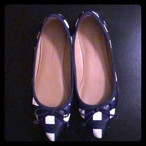 Banana Republic Flat Shoes 🥿